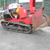 TRACKED SNOW BLOWER-4