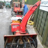 TRACKED SNOW BLOWER-7